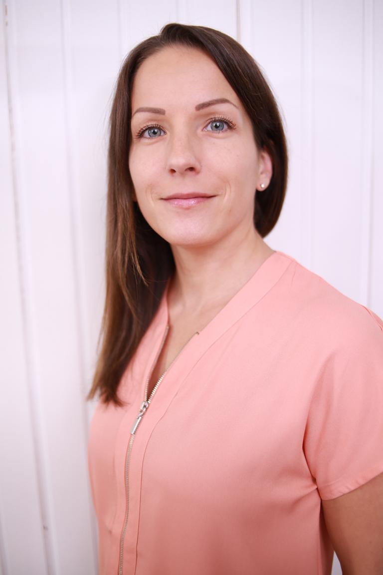 Heli Ahlsten - Tunnevyöhyketerapeutti